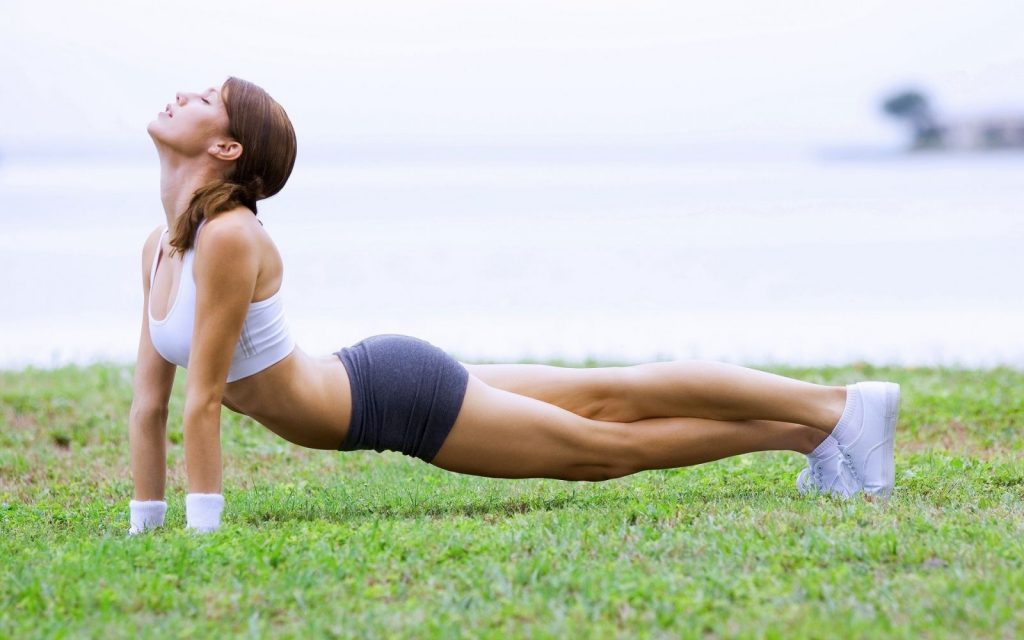 Girl-Lawn-Fitness-1800x2880