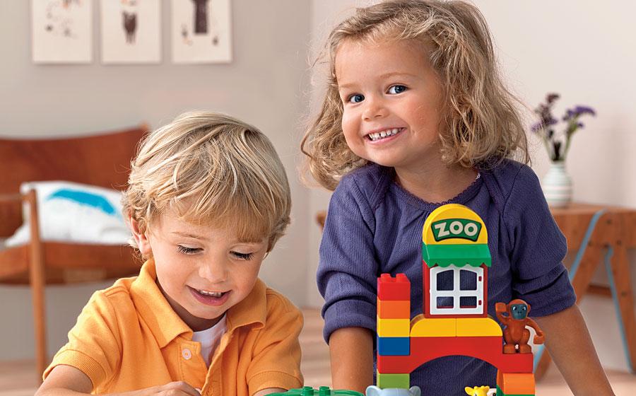 дети играют 2