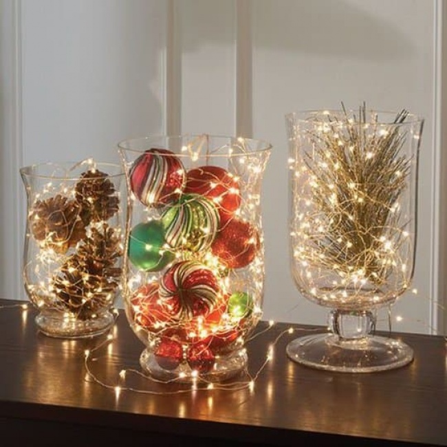 19799215-holiday-decoration-christmas-centerpieces-ideas-148