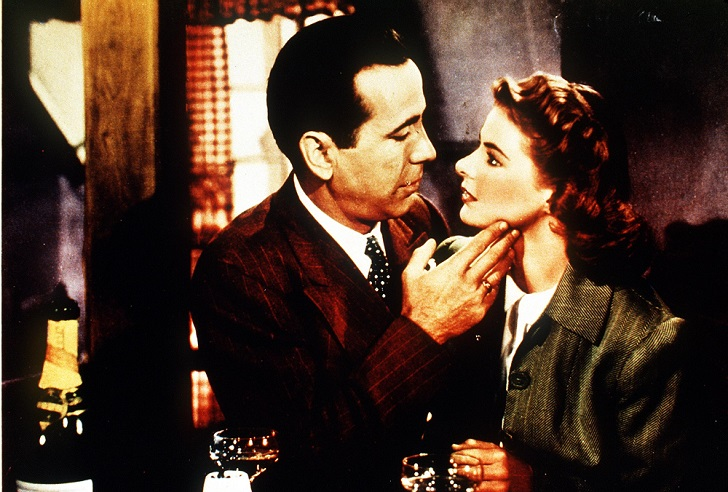No Merchandising. Editorial Use Only Mandatory Credit: Photo by SNAP/REX Shutterstock (390891nb) FILM STILLS OF 'CASABLANCA' WITH 1942, INGRID BERGMAN, HUMPHREY BOGART, MICHAEL CURTIZ IN 1942 VARIOUS