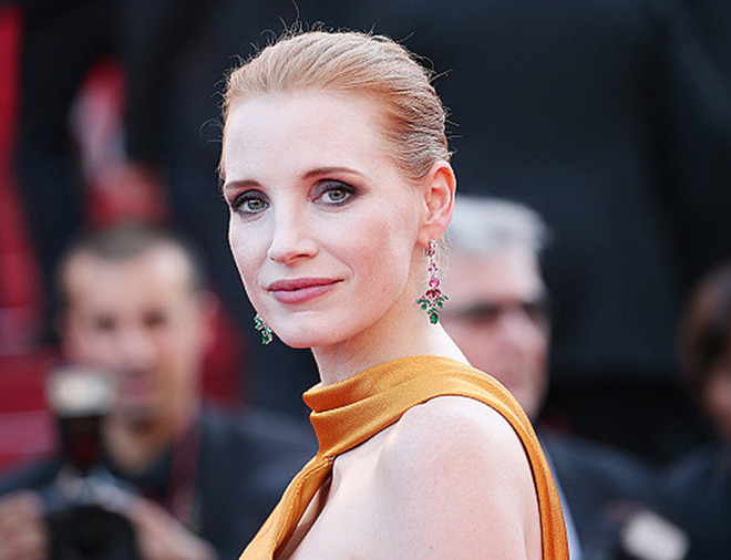 CANNES, FRANCE - MAY 23: Jessica Chastain attends the 70th Anniversary of the 70th annual Cannes Film Festival at Palais des Festivals on May 23, 2017 in Cannes, France. (Photo by Gisela Schober/Getty Images)