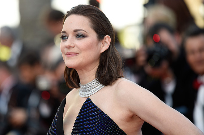 CANNES, FRANCE - MAY 23: Marion Cotillard attends the 70th Anniversary of the 70th annual Cannes Film Festival at Palais des Festivals on May 23, 2017 in Cannes, France. (Photo by Antony Jones/Getty Images)