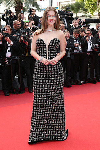 CANNES, FRANCE - MAY 23: Barbara Palvin attends the 70th Anniversary of the 70th annual Cannes Film Festival at Palais des Festivals on May 23, 2017 in Cannes, France. (Photo by Gisela Schober/Getty Images)