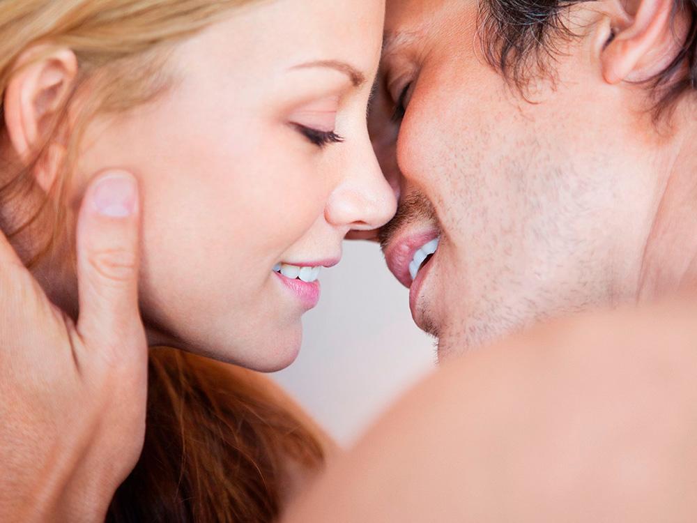 man-kissing-woman