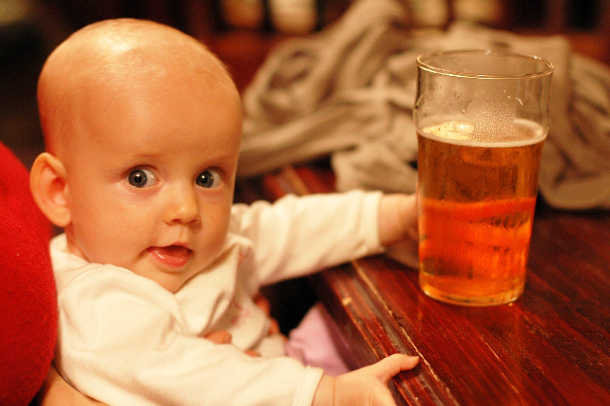 Что будет если выпить стакан пива кормящей маме